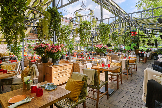 Кафе и рестораны в Москве с верандами, куда можно без QR-кода