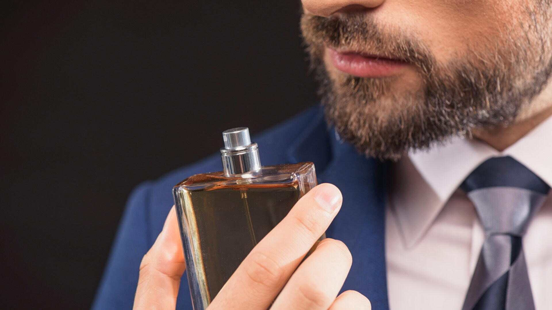 gq-native-man-smelling-perfume-scent-fragrance-min