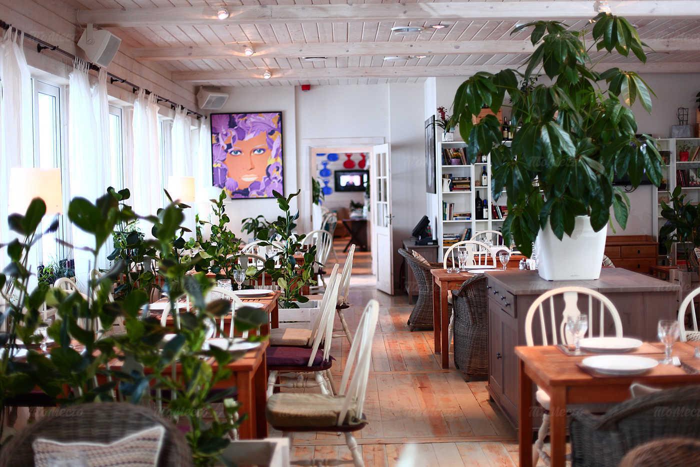restoran-prichal-na-2-m-km-ilinskogo-shosse_4b46f_full-56824
